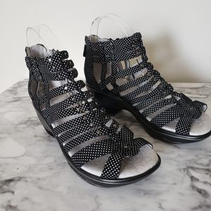 1/8  Jambu Sugar Gladiator Wedge Black Size 6.5
